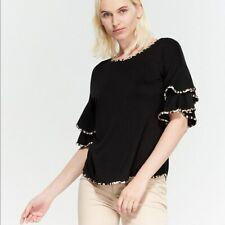 CABLE & GAUGE Size Medium black leopard trim blouse