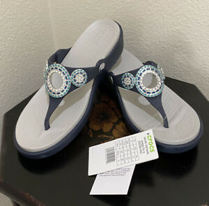 New w/ Tags Crocs Sanrah Embellished Diamante Wedge Flip Flop Sandals Size 7 W