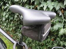 Robuste Fahrrad Satteltasche mit Reisverschluss ink 7 tlg. Werkzeug