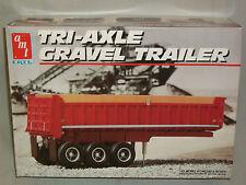 AMT 1/25 Scale Tri-Axle Gravel Trailer