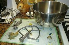 Kitchen Aid 6 QT Mixing Bowl and Beaters for KitchenAid 6 Quart Mixer. VG Cond