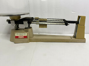 Vintage Lab OHAUS Triple Beam Balance Scale 2610g capacity-WORKS FINE