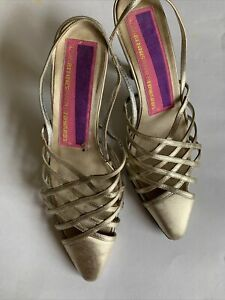 1980s Susan Bennie Warren Edwards Gold Leather Sling backs Shoes Sz 6