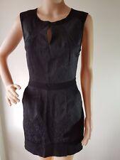 WISH Ladies Black Fitted Sleeveless Knee Length Dress Size: 8 EUC