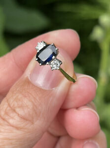 18ct Gold Three Stone Diamond And Sapphire Trilogy Engagement Ring Size L 2.3g