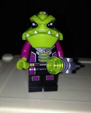 ☀️ ALIEN TROOPER Lego Mini Figure with Blaster 7051 Alien Conquest 7049 7066