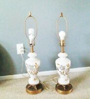 VTG WHITE GLASS TABLE LAMP/BRASS BASE,HAND PAINTED GOLD FLORAL DESIGN/NO SHADE