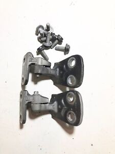 Land Rover LR3 Right Front Door Hinges Upper & Lower w/ Hardware