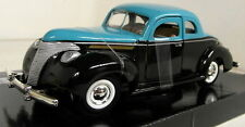 Motormax 1/24 Scale 1940 Ford Custom Black Turquoise Diecast model car
