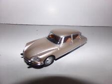 voiture miniature 1/43      CITROEN DS 21 PALLAS