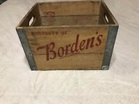 Vintage 1961 Borden Co. Wooden Milk Bottle Crate Brooklyn NY **EXQUISITE**