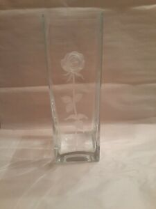 Mikassa Endless Love Crystal Vase With Frosted Etched Stem And 3D Rose