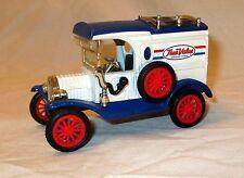 Vintage Ertl Diecast Truck 1913 Ford Model T Delivery Van True Value 1:43