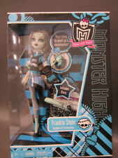 Monster High Wave 2 School's Out Frankie Stein, new in Box