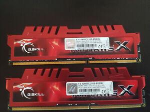 16go = 2 x G.SKill RipjawsX 8Go DDR3 PC3-12800 CL10 (F3-12800CL10S-8GBXL)