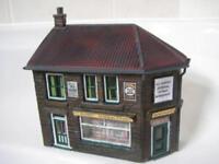 O Gauge Low Relief Corner Shop Kit Scale Model Railway Building