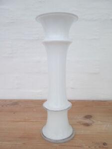Tolle Vase von Holmegaard gestaltet von Michael Bang 1981 Glasvase weiß 26 cm