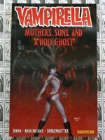 Vampirella TPB (2014) Dynamite - Vol #5, Mothers Sons and.., Softcover, NM (New)