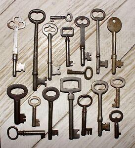 Genuine True Real Vtg Antique Old Skeleton keys Hollow & Solid Barrel Ornate Lot