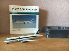 M1 500 en caja orig. Boeing 767-300 fundido 502955 Herpa 1