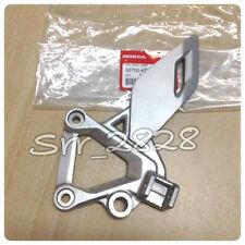 Honda CBR125 R LEFT Footpeg Hanger Bracket Foot Peg 2011-2015