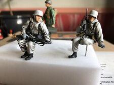 1:35 3x Construido y pintado soldados-Segunda Guerra Mundial Alemán tanque Riders & un soldado americano