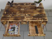 Handgearbeitete Couchtische aus Holz