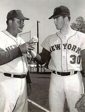 NEW YORK METS NOLAN RYAN #30 ROOKIE GETS A PITCHING TIP FROM HIS COACH CLASSIC