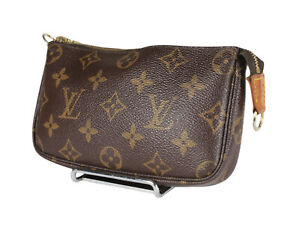 LOUIS VUITTON Mini Pochette Accessoires Monogram Canvas Leather Hand Bag LP4093