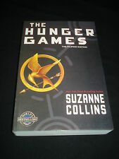 tw* SUZANNE COLLINS - THE HUNGER GAMES : The Filipino Edition  TP