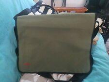 Hugo Boss Men's Messenger Shoulder Bag Satchel Olive Green aa23/pre-owned