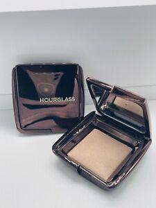 💕 HOURGLASS One Light Face Powder - Dim Light Farbton 1,3 g  💕 NEU