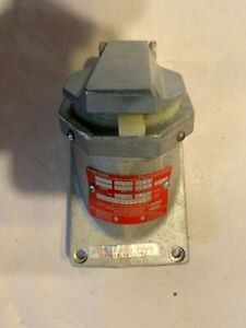 CPS732R CROUSE HINDS CPS732R DELAYED ACTION ARKTITE RECEPTACLE NEW