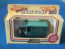 LLEDO DAYS GONE DIECAST FIGURE - THE WINCHESTER CLUB - Model T Ford Van -DG06089