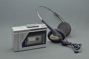 SANYO Sportster Walkman, Vintage Personal AM / FM-Stereo-Radio-Kassetten Player