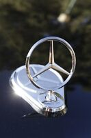 MERCEDES BENZ ELECTRONIC STAR EMBLEM UP-DOWN REMOTE CONTROL ALL MODEL WITH HOLE