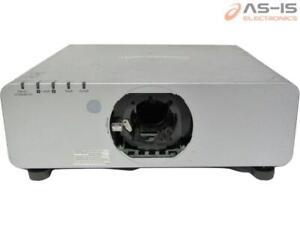 *AS-IS* Panasonic PT-DW740US Large Venue Projector Lamps 845H/528H / Run 2556H