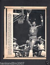 Julius Erving vs Knicks 1983 Small Vintage A/P Laser Wire Photo with caption