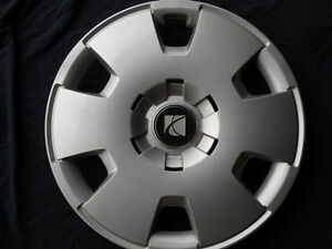 """Hubcap Wheelcover Saturn Astra 16"""" 2008 2009   Priority Mail 93358014 #705"""