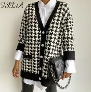 Winter White Black Houndstooth Soft Knit Gold Pearl Button Chic Arty Cardigan 14