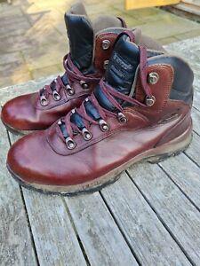 Hi-Tec Leather Walking Boots. Size 8