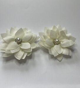 Women's / Girls hair clips croc clip small cream flower diamond centre