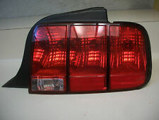 FORD MUSTANG & GT & SHELBY 05 06 07 08 09 TAIL LIGHT SPIDER CRACK OEM RH