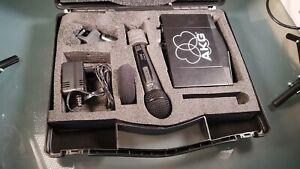 AKG HT40 FLEXX / SR40 FLEXX ISM Handsender und Empfänger im Koffer