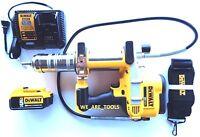 New Dewalt DCGG571 20V Cordless Grease Gun,(1) DCB205 5.0 AH Battery, 1) Charger