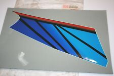 nos Yamaha snowmobile EMBLEM 4 1994 VMAX BLACK 500 600 RIGHT SIDE 8BB-77354