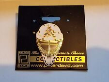 NHL HOCKEY Lapel or Tie PIN PHOENIX COYOTES White Mask Collectable
