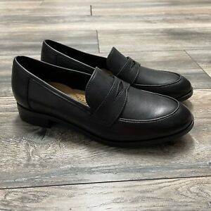 Clarks Collection NWOB Size 7.5 Penny Loafers Black Ultimate Comfort Rubber Sole