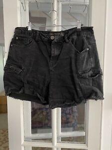City Chic Sz XXS 12 Black Mid Rise Denim Shorts