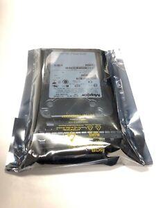 "8J147S0 Maxtor Atlas 10K V M8033 Dell 0M8033 146GB SAS 3.5"" Hard Drive w/ tray"
